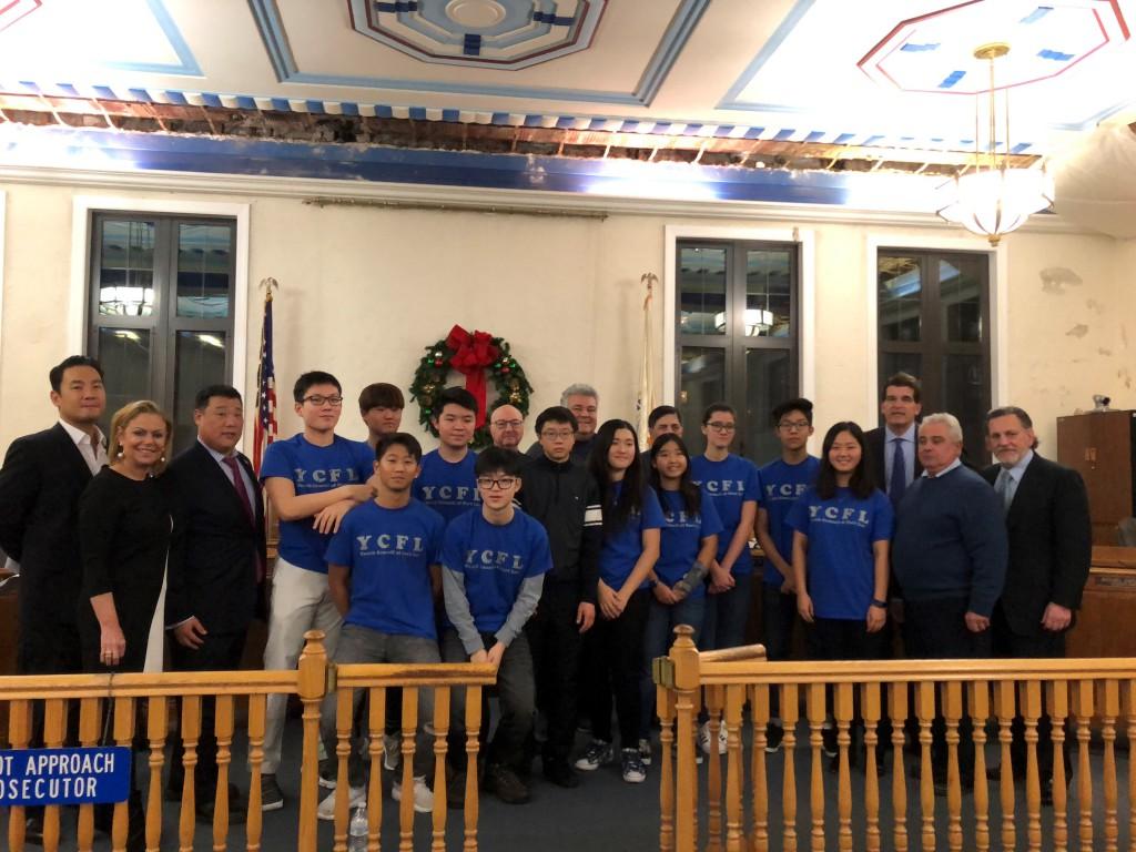 Fort Lee 市長、市議会議員、Fort Lee高校の学生